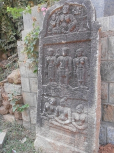 Panel depicting Mahaveera renouncing the world